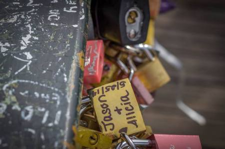 Love Lock Bridge - Pont des Arts